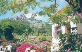 Gîtes de France Le gîte Tholosan - Très belle vue panoramique sur le Mont Faron et la rade de Tou...