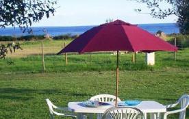 Villa dans résidence privée au bord de mer