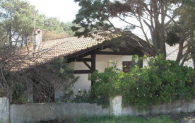 """""""BELLA"""" - Sur terrain clos de 600 m² agréable villa de plain pied."""