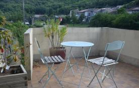 """Terrasse de la chambre """"Pierre-François"""" avec vue sur le village"""