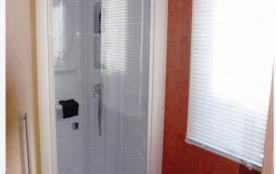 la salle d'eau (wc séparé)