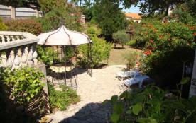 Confortable villa 4 pièces de 100 m avec véranda.