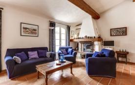 Villa provençale dans un écrin de verdure à Tourto