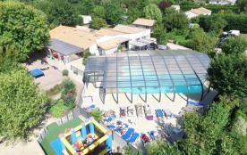 Camping Les Charmes, 35 emplacements, 20 locatifs