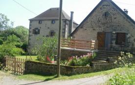 Detached House à SAINT BONNET PRES ORCIVAL