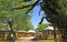 Campéole Clairefontaine, 124 emplacements, 123 locatifs