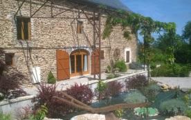 La Vieille Grange Renovee de Recoules- Aveyron - Prévinquières
