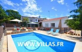 Villa CV Tru - Jolie villa indépendante avec piscine privée et située dans une rue calme où vous ...