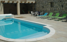 ancienne bergerie de charme tout confort avec piscine