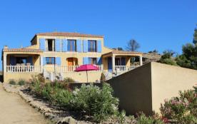 Villa avec piscine à Siran