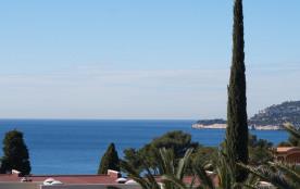 Cassis, Appartement vue sur la baie, dans résidence très proche des plages, Parking privatif, Wifi-gratuit, 4 Personnes.