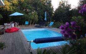 squarebreak, Maison de charme avec piscine, proche Biarritz