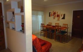 Appartement 3 chambres climatisé à ROSES ESPAGNE à 25m de la mer et 50m du centre ville