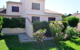 Maison 2 pièces de 32 m² environ pour 4 personnes situé à 400 m de la plage, dans un cadre agréab...