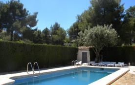 Villa de 6 pers., piscine privée sécurisée, proche mer et commerces.