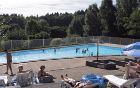 Le camping de Fréaudour est situé au au bord du Lac de Saint-Pardoux et de sa station touristique...