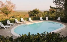 Caporlese est une maison de vacances typique de la Toscane, qui se situe dans un des plus beaux e...
