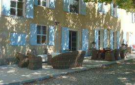 Mas Mayoli est un grand, ravissant mas authentique situé dans une ruelle au calme à seulement 2,5...