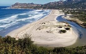 Meublés de Tourime 3 étoiles en Corse - Piscines - - Moltifao