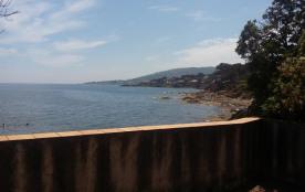 villa fantastique au bord de la mer