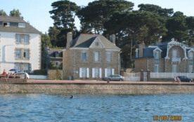 villa 10p, pieds dans l'eau, cote granit rose