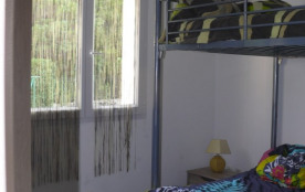 chambre enfants: 2 lits superposés 140 x 190