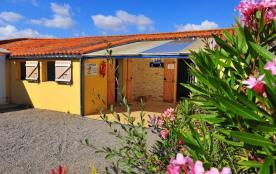 Camping Le Pavillon Bleu, 6 emplacements, 71 locatifs
