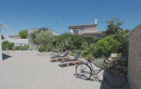 Villa 4 pièces 6 personnes. Location vacances, ile de ré, villa individuelle de plain pied, avec ...
