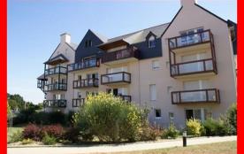 Sun Parc, résidence située entre le Port et la Plage, appartement vue Port 2 pièces au troisième ...