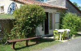 Gite dans un hameau aux portes d'Angoulême