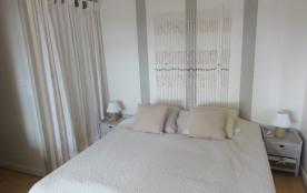 Chambre n° 1 côté lit