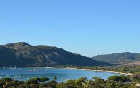 Villa climatisée 3 pièces avec terrasse panoramique vue baie de Santa Giulia