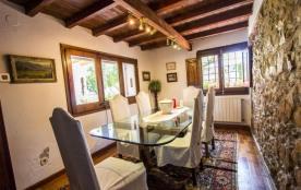 Evocative Villa à Platja D'Aro, à seulement 5 minutes des plages de la Costa Brava!