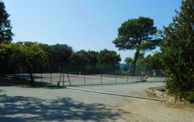 Court de tennis du domaine les Bois Murés