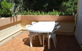 Appartement 2 pièces de 30 m² environ pour 4 personnes situé au cœur d'une pinède, à 80 m de la m...