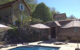 Un petit coin de paradis en Périgord noir ,4 étoiles avec piscine chauffée