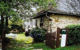 Maison de pays restauré située dans un hameau à 2 km du village, proche des gorges sauvages de la...