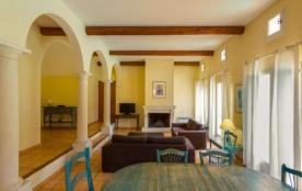 Appartements/Maisons  Particuliers Pont Royal en Provence - Maison 3 pièces 5/6 personnes Sélection
