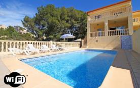 Casanova, Bajamar. Villa à Calpe / Calp qui possède 4 chambres et capacité pour 9 personnes.