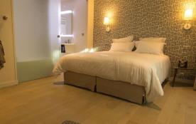 Bagatelle : Chambre de 30 m2 + terrasse