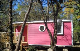 Tropique – 2 chambres – 4 personnes + un lit bébé – Bienvenue au camping Les Jardins de l'Atlanti...