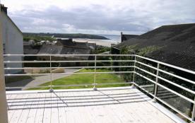 une partie de la terrasse de l'étage
