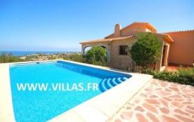Villa AS Ange - Jolie villa entourée de végétation, située dans la ville de Denia, proche de la m...