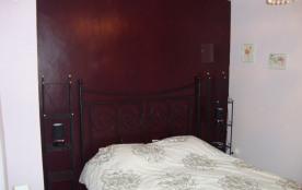 La chambre avec un lit de 160