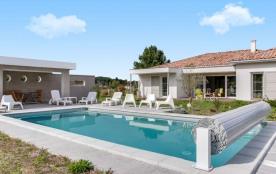 squarebreak, Villa avec piscine à deux pas des plages de Seigno