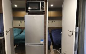 acces de la cuisine aux deux chambres mobilhome loire atlantique