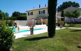 Gîte avec piscine chauffée en Drôme Provençale