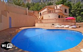 Maryvilla, Quique. Villa à Calpe / Calp qui possède 4 chambres et capacité pour 9 personnes.