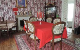 Gite de l'Ouvroux Sale à manger 15 places assises