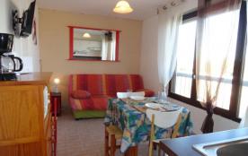 Le Cap d'Agde « naturiste » (34) - Quartier Port Soleil - Résidence Port Soleil. Appartement stud...